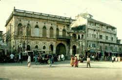 Jamnagar-20-19.jpg (55285 bytes)